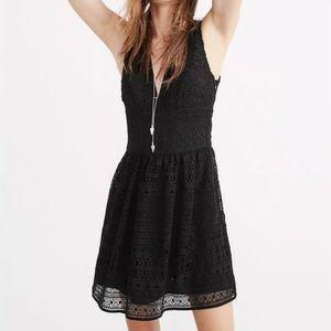 Abercrombie & Fitch Dresses - 🆕NWT A&F Black lace Crochet V-neck mini dress